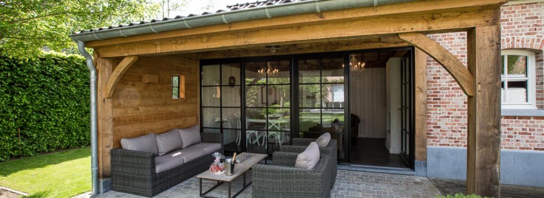 Houten bijgebouwen zelf bouwen hoe pak je het aan timber works - Overdekt terras in hout ...